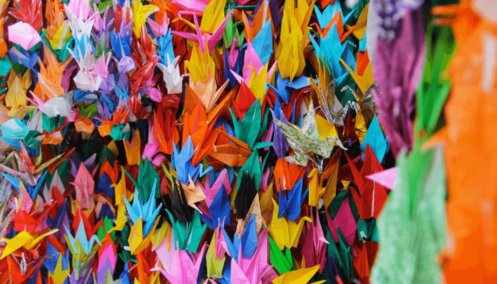 Sadako & the 1000 Paper cranes - Japansensei | 586x1024